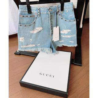 グッチ(Gucci)の【美品】GUCCI デニムショートパンツ  スタッズ 箱タグ付(ショートパンツ)