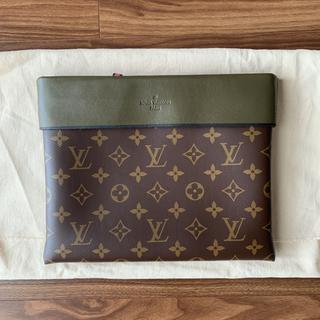 LOUIS VUITTON - Louis Vuitton ルイヴィトン ポシェットアポロ クラッチ バッグ