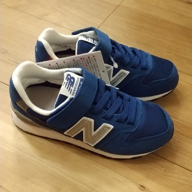 New Balance(ニューバランス)の箱なし ニューバランス YV996 キッズ スニーカー 18.0cm ブルー キッズ/ベビー/マタニティのキッズ靴/シューズ(15cm~)(スニーカー)の商品写真