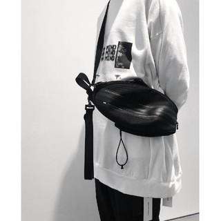 ユリウス(JULIUS)のnilos julius ball bag(ショルダーバッグ)