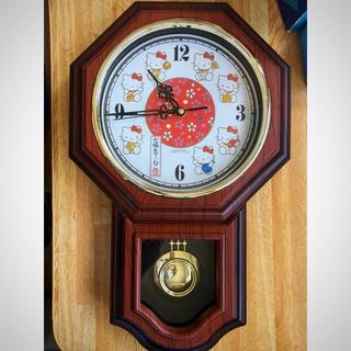 ハローキティ(ハローキティ)の掛け時計 振り子 ハローキティー 超美品(掛時計/柱時計)