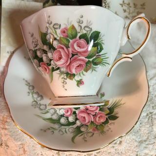 ロイヤルアルバート(ROYAL ALBERT)の美品 レアなロイヤルアルバート ピンクのバラと鈴蘭のパターン(グラス/カップ)