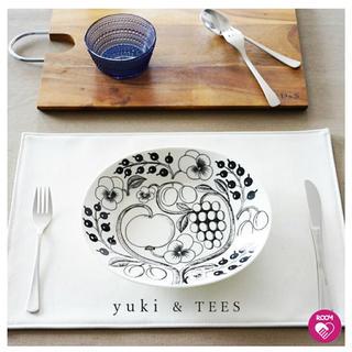 イッタラ(iittala)のランチョンマット yuki(テーブル用品)