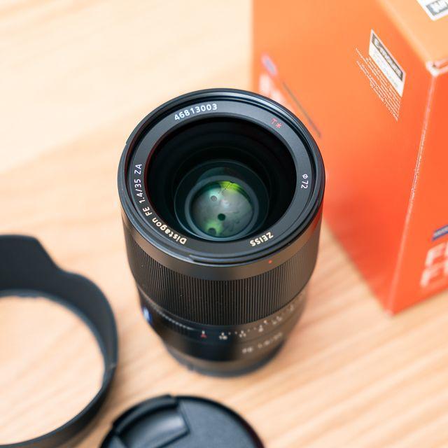 SONY(ソニー)の【美品】Distagon FE 35mm F1.4 ZA SEL35F14Z スマホ/家電/カメラのカメラ(レンズ(単焦点))の商品写真