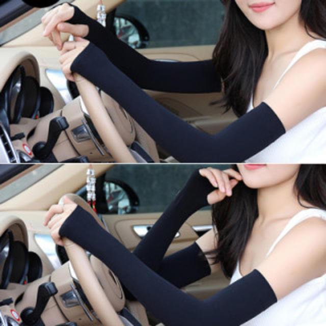 ブラック アームカバー UVカット 冷感 紫外線対策 日焼け防止 グッズ 自動車/バイクの自動車(その他)の商品写真