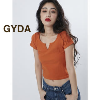 GYDA - 【美品】GYDA ジェイダ VカットTシャツ