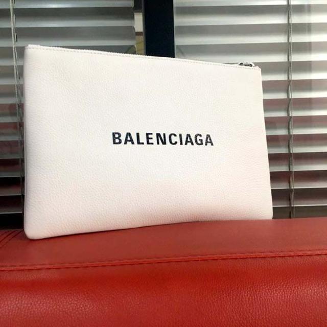 Balenciaga(バレンシアガ)のほぼ未使用/クラッチバッグ ホワイト☆バレンシアガ メンズのバッグ(セカンドバッグ/クラッチバッグ)の商品写真