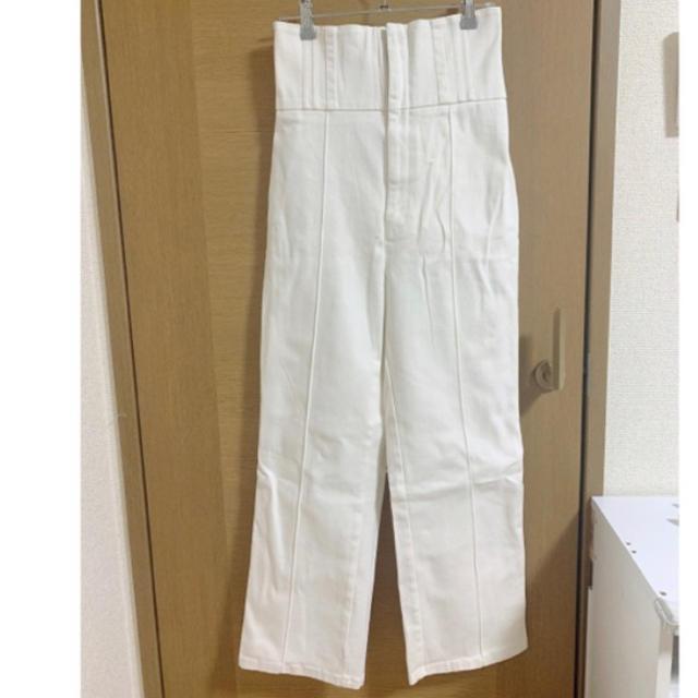 snidel(スナイデル)のスナイデル レースアップデニム ホワイト ハイウエスト Sサイズ レディースのパンツ(デニム/ジーンズ)の商品写真