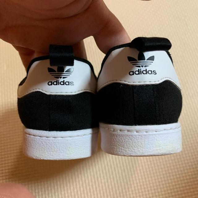 adidas(アディダス)のアディダス♡スニーカー キッズ/ベビー/マタニティのキッズ靴/シューズ(15cm~)(スニーカー)の商品写真