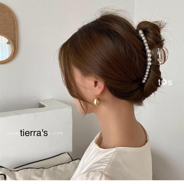 ZARA(ザラ)のimport❁︎大人可愛い♡パール ヘアクリップ ヘアアクセ no.1 レディースのヘアアクセサリー(バレッタ/ヘアクリップ)の商品写真
