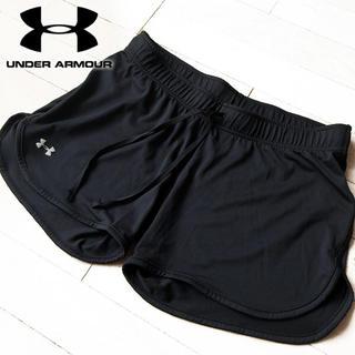 UNDER ARMOUR - 超美品 M アンダーアーマー レディース ショートパンツ ブラック