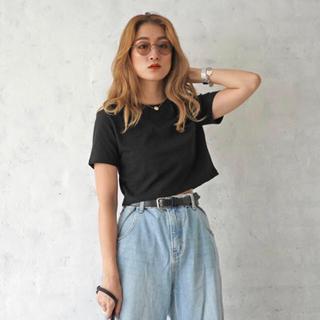 シールームリン(SeaRoomlynn)のflugge  ショート丈 黒Tシャツ(Tシャツ(半袖/袖なし))