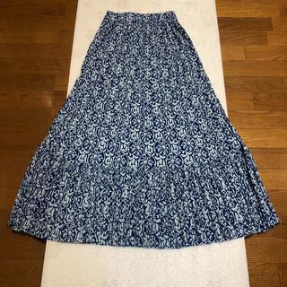 ZARA - 花柄のロングスカート