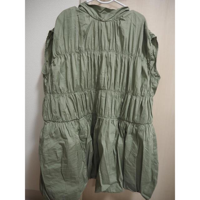 Mila Owen(ミラオーウェン)のバックリボンシャーリングバルーンブラウス レディースのトップス(シャツ/ブラウス(半袖/袖なし))の商品写真