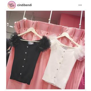 cindi bendi シンディベンディ チュールトップス 新品未使用(シャツ/ブラウス(半袖/袖なし))