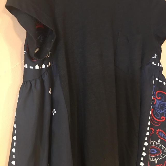 sacai(サカイ)のsacai サカイ  トップス バンダナ柄 Tシャツ レディースのトップス(Tシャツ(半袖/袖なし))の商品写真