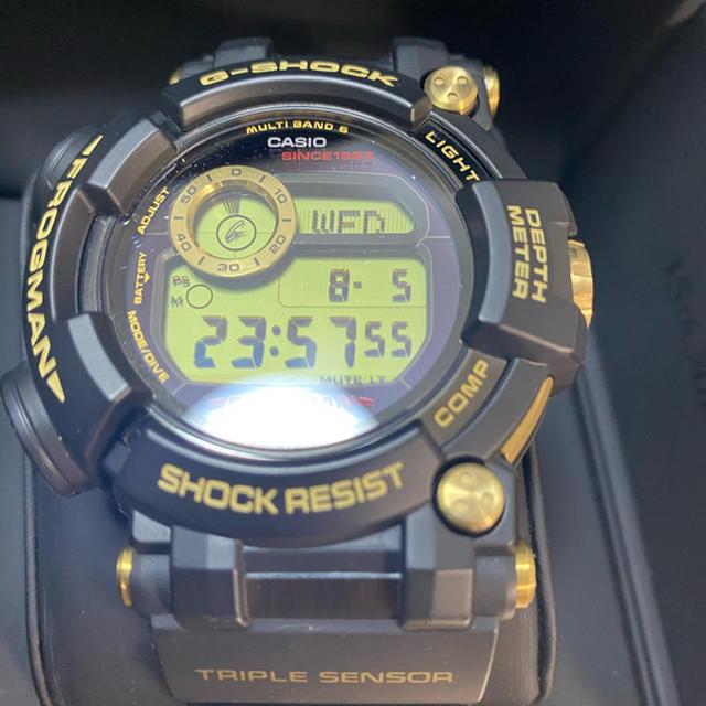 G-SHOCK(ジーショック)のGWF-D1035B-1JR ゴールド トルネード 35周年モデル フロッグマン メンズの時計(腕時計(デジタル))の商品写真