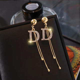 Dior - アルファベット ピアス ゴールド