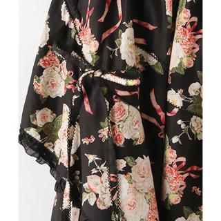 PINK HOUSE - 新品✨定価59400円 ローズが咲き誇るお洒落なスカート BLACK 大特価‼️