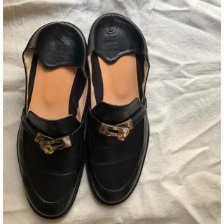 オゥバニスター(AU BANNISTER)のオゥバニスター thYme スリッポン 美品 サイズ37(ローファー/革靴)