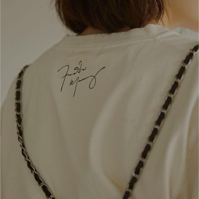 Ameri VINTAGE(アメリヴィンテージ)のAMERI FREDDIE MERCURY TEE 20SS 新品 オフホワイト レディースのトップス(Tシャツ(半袖/袖なし))の商品写真