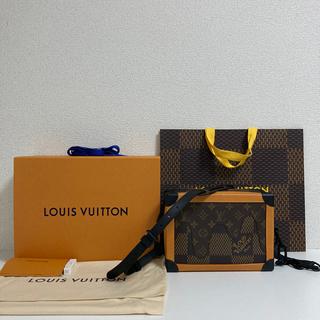 ルイヴィトン(LOUIS VUITTON)のLouis Vuitton×Nigoコラボ ソフトトランク(ショルダーバッグ)