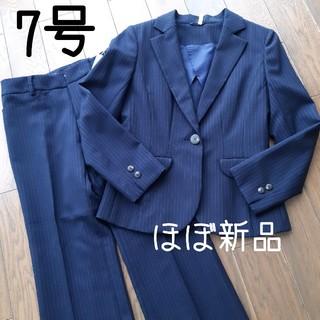 パーソンズ(PERSON'S)の《ピンストライプ》パンツスーツ 7号 ジャケット パンツ PERSONZ(スーツ)