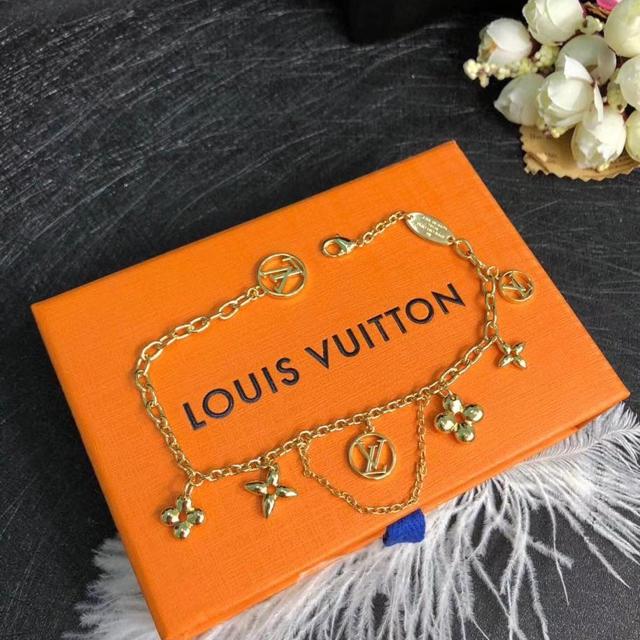 LOUIS VUITTON(ルイヴィトン)のルイヴィトンブレスレット レディースのアクセサリー(ブレスレット/バングル)の商品写真