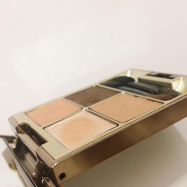 LUNASOL(ルナソル)のLUNASOL スキンモデリングアイズ 01BeigeBeige コスメ/美容のベースメイク/化粧品(アイシャドウ)の商品写真