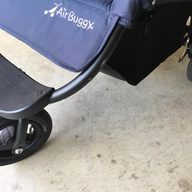AIRBUGGY(エアバギー)のエアバギーココ ブレーキモデル キッズ/ベビー/マタニティの外出/移動用品(ベビーカー/バギー)の商品写真