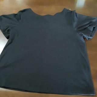 GU - バックリボンのTシャツ