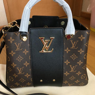 LOUIS VUITTON - ルイヴィトンバッグ