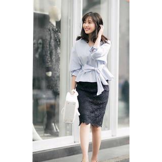 dholic - フラワーレースタイトスカート