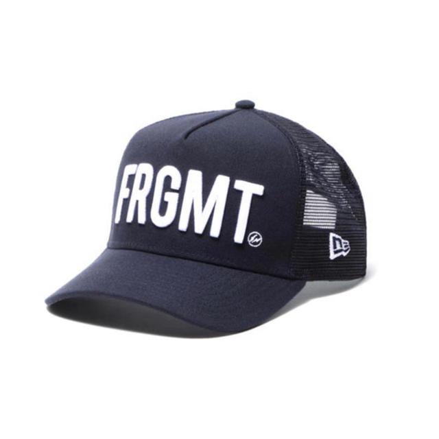 NEW ERA(ニューエラー)のフラグメント   ニューエラ メッシュキャップ ネイビー メンズの帽子(キャップ)の商品写真