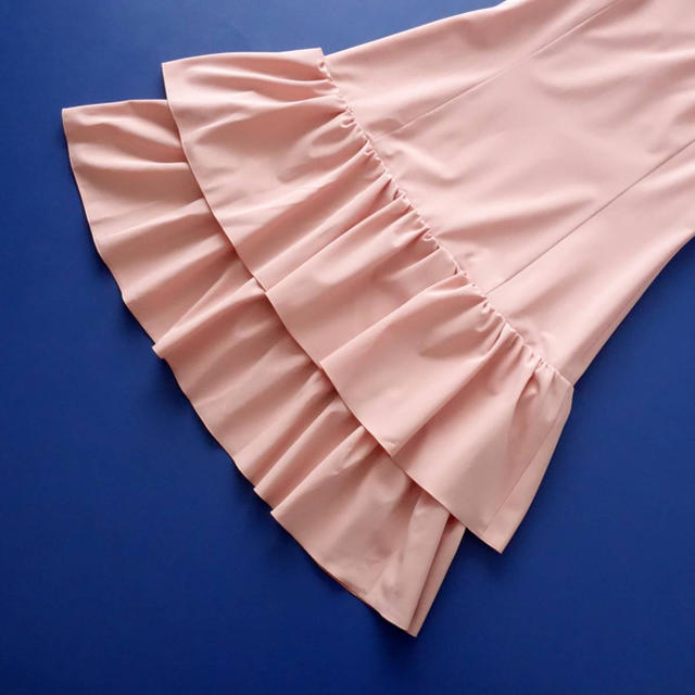 René(ルネ)の■Rene■ 36 裾ティアード ピーチピンク ワンピース ルネ レディースのワンピース(ひざ丈ワンピース)の商品写真