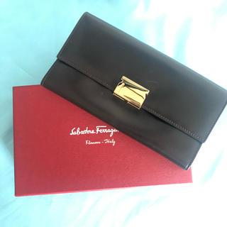Salvatore Ferragamo - フェラガモの二つ折り財布 ☆565 AB