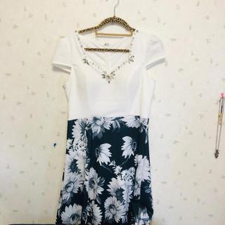 ビジューワンピース/花柄/ドレス(ミニドレス)