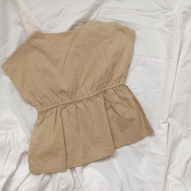 tete a tete ペプラムトップス 95 キッズ/ベビー/マタニティのキッズ服女の子用(90cm~)(Tシャツ/カットソー)の商品写真