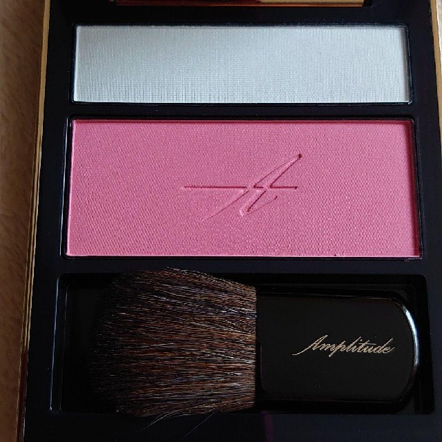 RMK(アールエムケー)のpopotan様☆アンプリチュード チーク 02 ピンク コスメ/美容のベースメイク/化粧品(チーク)の商品写真