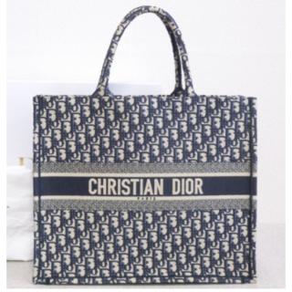 クリスチャンディオール(Christian Dior)の大人気 オブリーグ ブック トロッター柄 キャンバス ネイビー トート バッグ(トートバッグ)
