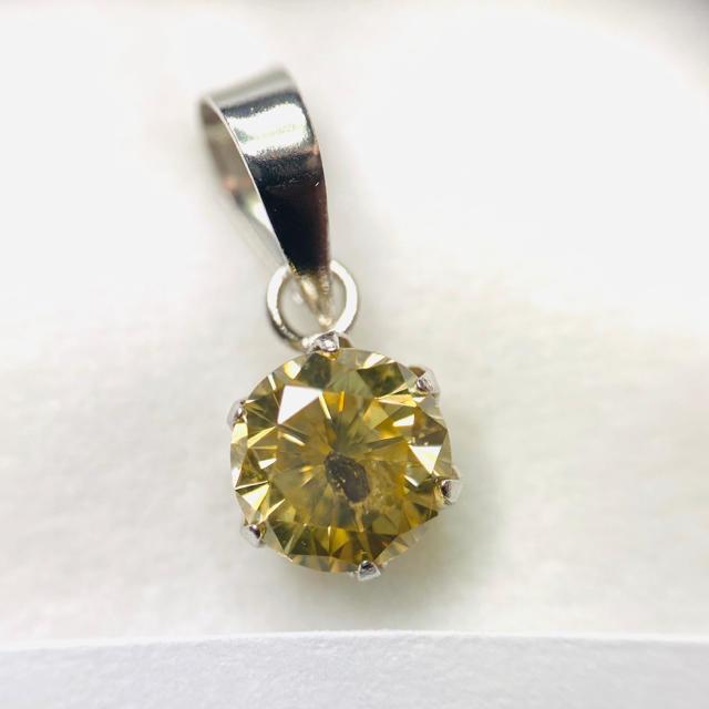 PT900 ペンダントトップ ダイヤモンド AANI アニ レディースのアクセサリー(ネックレス)の商品写真