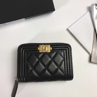 CHANEL - 美品❣️CHA..NEL 財布
