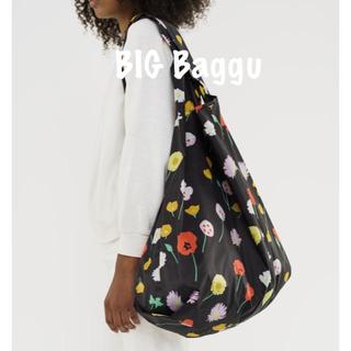 ビームス(BEAMS)の【新品未使用】BAGGU バグー Big 特大 ワイルドフラワー ブラック(エコバッグ)