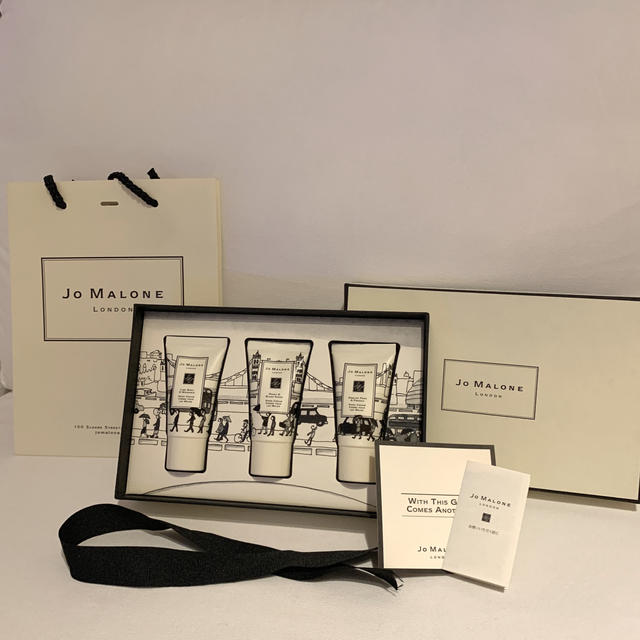 Jo Malone(ジョーマローン)のJo MALONE LONDON ハンドクリームトリオコレクション コスメ/美容のボディケア(ハンドクリーム)の商品写真