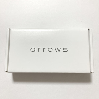 アローズ(arrows)のarrows M05 ホワイト 白 SIMフリー(スマートフォン本体)