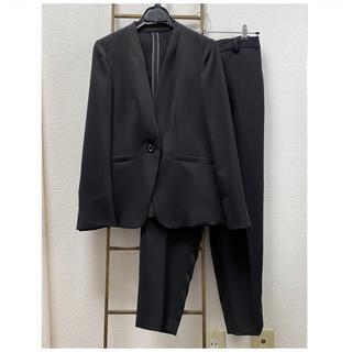 ノーカラー パンツスーツ