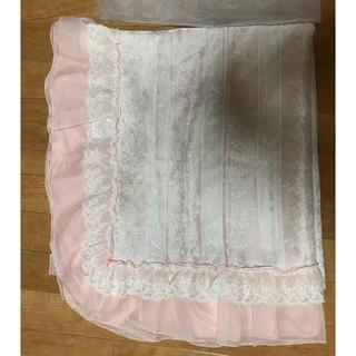フランフラン(Francfranc)の刺繍フリルレースマルチカバー ほぼ未使用品(レースカーテン)