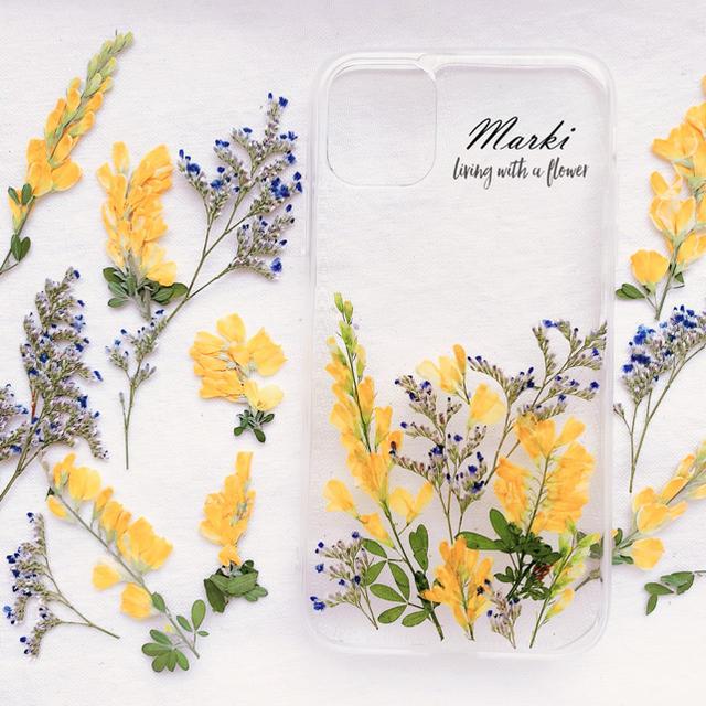 エニシダの押し花ケース iPhone11現品 ハンドメイドのスマホケース/アクセサリー(スマホケース)の商品写真