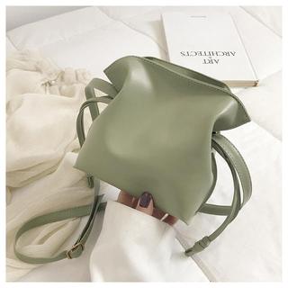 アーバンリサーチ(URBAN RESEARCH)のショルダーバック レディース 巾着 韓国ファッション 新品未使用(ショルダーバッグ)