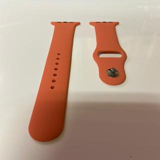 アップルウォッチ(Apple Watch)のラバーベルト:Apple Watch(44㎜、マンゴ色)(腕時計)